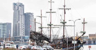 wieżowiec statek